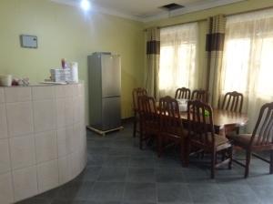 17-1-guesthousegemeinraum
